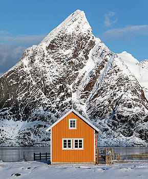 Sakrisoya Yellow Cabin by Jerry Fornarotto