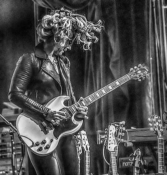 Samantha Fish in Black and white by Alan Goldberg