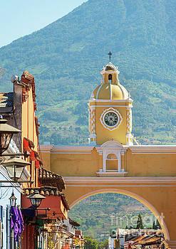 Tim Hester - Santa Catalina Arch Antigua Guatemala