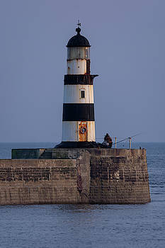Seaham lighthouse by Steev Stamford