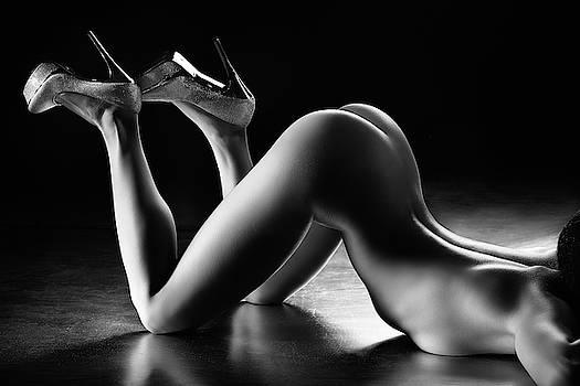 Sensual nude body curves by Johan Swanepoel