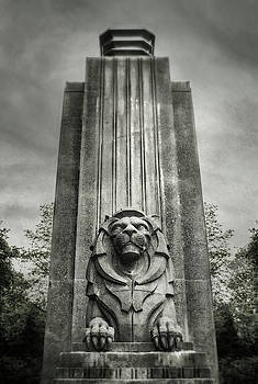 Sentinel - Lions Gate Bridge, Vancouver, BC by Illumina Photographics