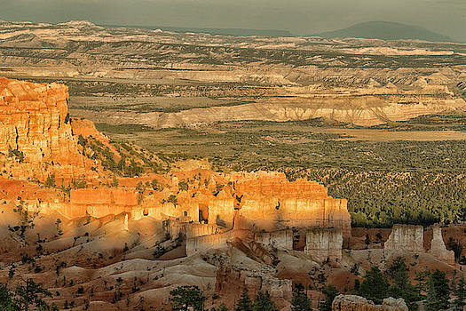 Shadow Show at Bryce by Tom Kelly