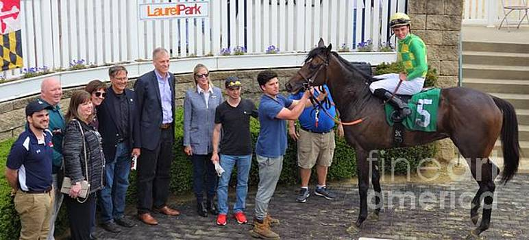 Sheldon Russell - Ian Glass - Laurel Park 28 by Anthony Schafer