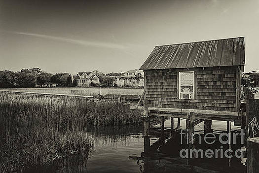 Shem Creek Boat House by Dale Powell