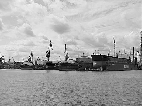 Jurgen Huibers - Shipyard Black and White