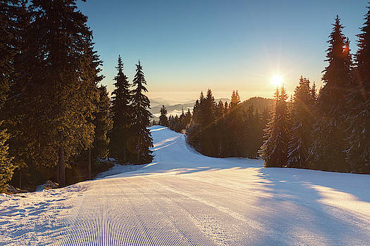Ski slope without skiers by Evgeni Dinev