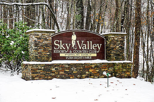 Sky Valley Georgia welcome sign in the snow by Seth Solesbee