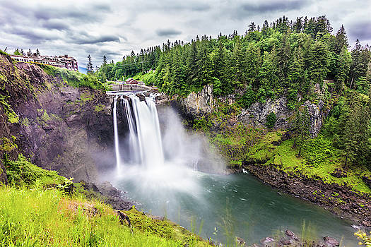 Snoqualmie Falls by Jordan Hill