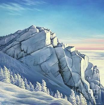Snow Queen / Mt. Liberty by Varvara Harmon