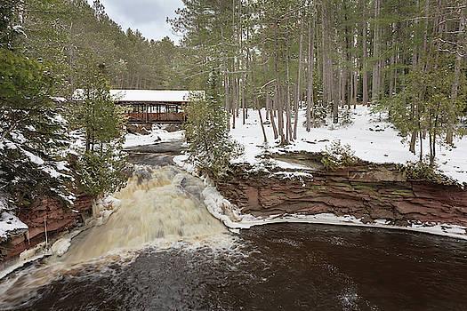 Susan Rissi Tregoning - Snowy Horton Covered Bridge