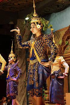 Solo Apsara dancer uses hand gestures by Steve Estvanik