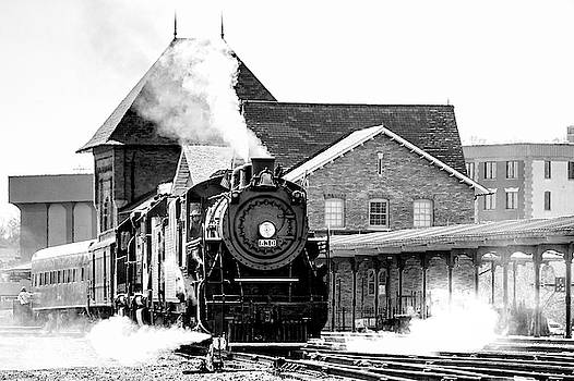Southern 630 behind the Bristol Train Station by Greg Booher