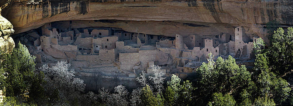 Spruce Tree House-Mesa Verde National Park by Mark Langford