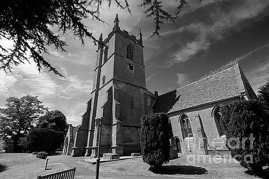 St Edwards parish Church, Stow on the Wold town, by Dave Porter