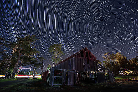 MIKE LONG - Star Trails Over Bonetti Ranch