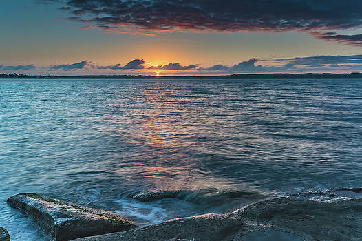 Start of a new day on the Lake by Merrillie Redden