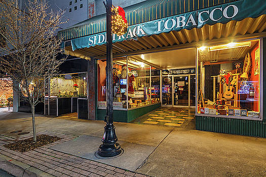 State Street Christmas Sidetrack Tobacco by Greg Booher