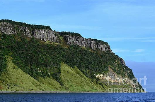 Steep Bearreraig Bay Sea Cliffs by DejaVu Designs