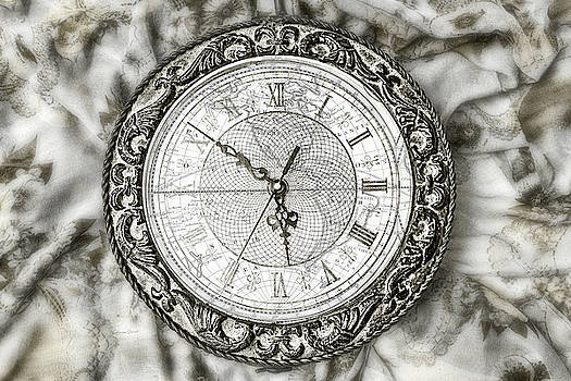 Sharon Popek - Still Life Clock