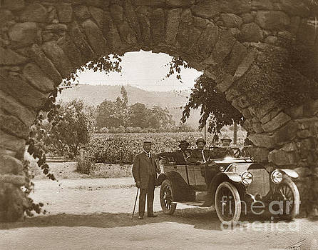 California Views Archives Mr Pat Hathaway Archives - Stone arch of the entrance to the GREYSTONE WINERY was the home