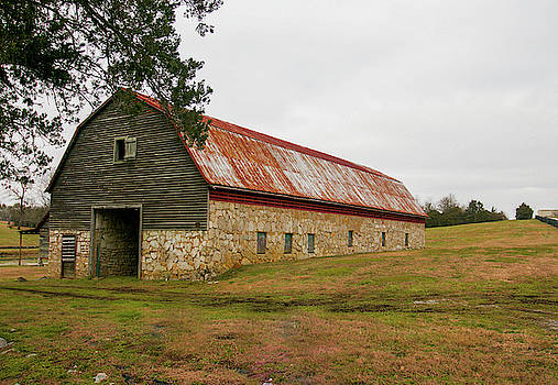 Stone Barn by Lisa Bell