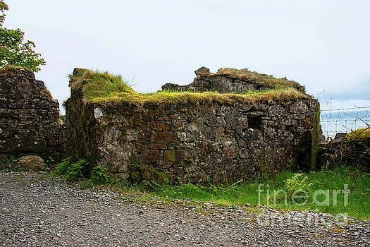 Bob Phillips - Stone Hut in County Sligo