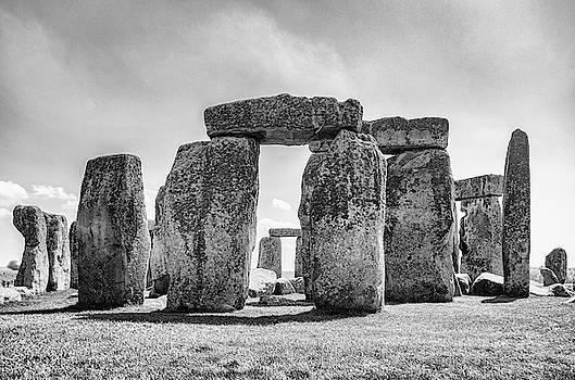 Sharon Popek - Stonehenge Monochrome