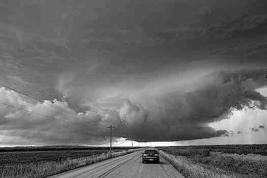 NebraskaSC - Storm Chasin in Nader Alley 005