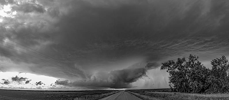 NebraskaSC - Storm Chasin in Nader Alley 007
