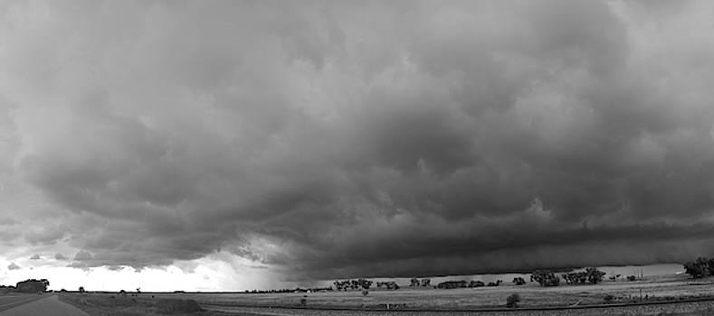 NebraskaSC - Storm Chasin in Nader Alley 009