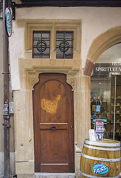 Strasbourg Door 13 by Teresa Mucha