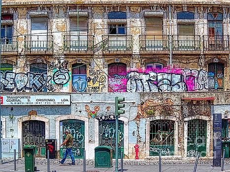Street scene Lisbon by Leigh Kemp