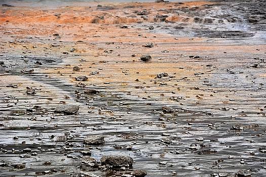 Strokkur runoff by Norman Burnham