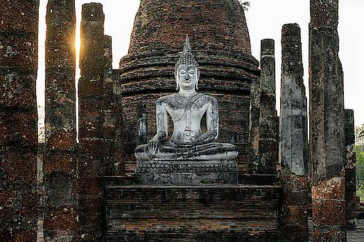 Sukhothai Buddha by Ian Robert Knight