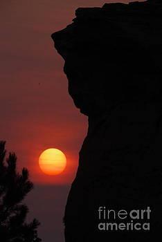Sun Down On Medicine Rock  by Jeff Swan