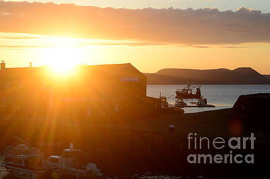 Sun Rise at Lyme Regis  by Andy Thompson