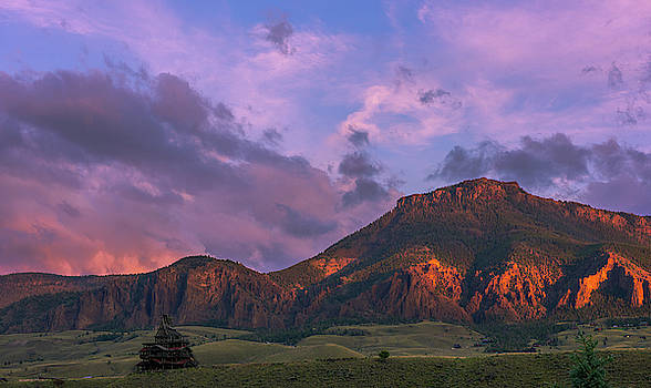 Sun Sets Over Wapiti by Barbara Hayton