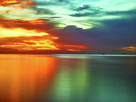 Sunset and boat by Trinidad Dreamscape