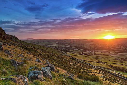 Sunset at Wainmans Pinnacle by Craig Wilkinson