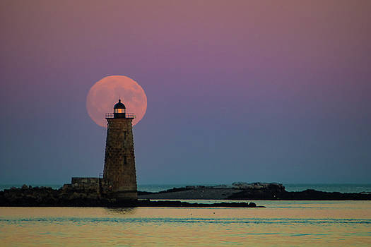 Sunset at Whaleback Lighthouse in Maine by Jeff Folger