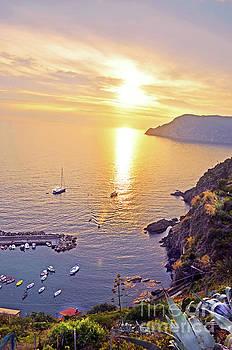 Sunset in Cinque Terre by La Dolce Vita