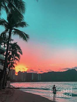 Sunset over Diamond head, Hawaii by Micah May