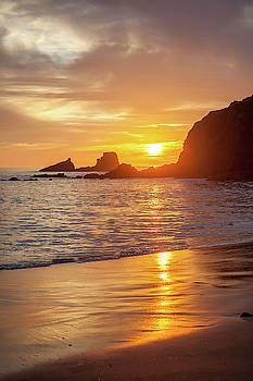Cliff Wassmann - Sunset over Seal Rocks