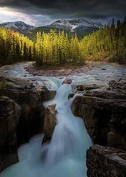 Sunwapta Falls / Alberta, Canada by Nicholas Parker