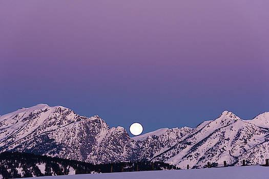 Super Moon Sets at Sunrise by Barbara Hayton