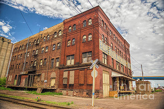 Superior Warehouse Company Building in Superior Wisconsin by Nikki Vig