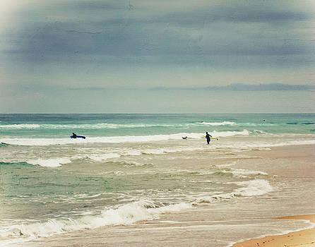 Surfer in the waves by Dirk Wuestenhagen
