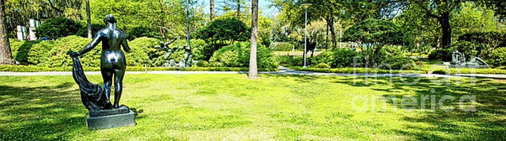Sydney and Walda Besthoff Sculpture Garden at New Orleans Museum of Art, Panorama by Felix Lai