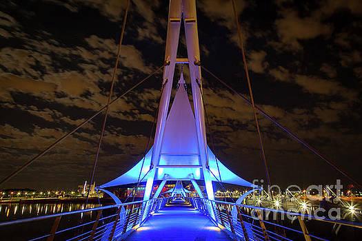 Tempe Bridge by Jon Vemo
